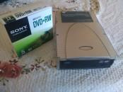 Graveur Dvd Externe Avec Un Pack De 5 Dvd Rw