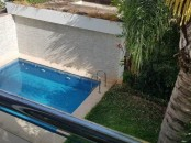 villa haut standing avec piscine à Hay Riad