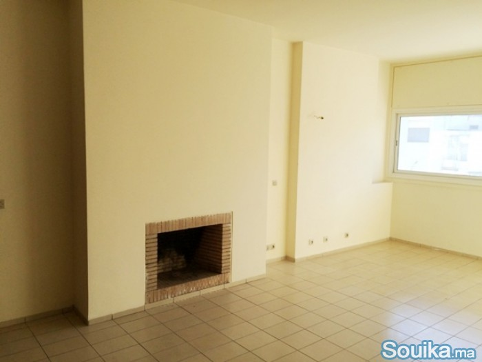 Bel appartement avec terrasse Agdal