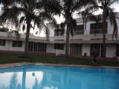 Jolie Villa avec chauffage central à Souissi