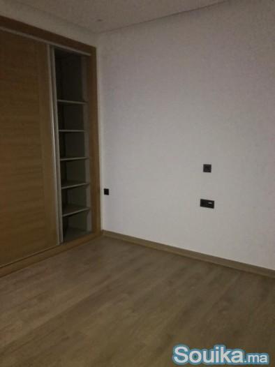 Location neuf appartement vide bien fini