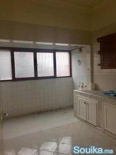 location appartement de 100 m à Hassan 1