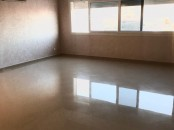 Location appartement vide 100 m2 à Hay mouhmadi