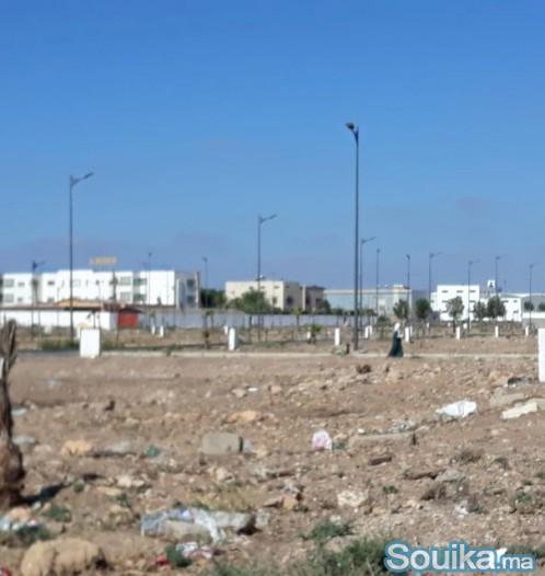 بقع ارضية تجارية للبيع بتجزئة برة بمدينة الدروة