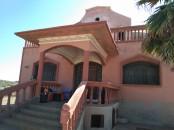 Terrain avec villa