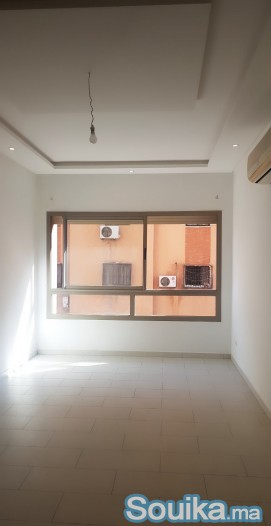 Joli appartement résidence neuve Semlalia