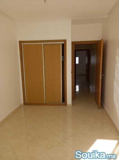 Appartement à résidence al badr bernoussi