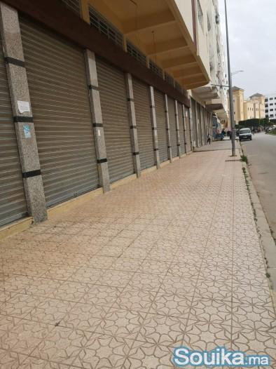 Grand local commercial Neuf à vendre Triq Ain Chqe